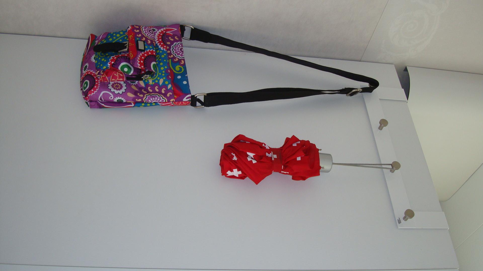 Innovative And Stylish Over Door Hangers Hang Over