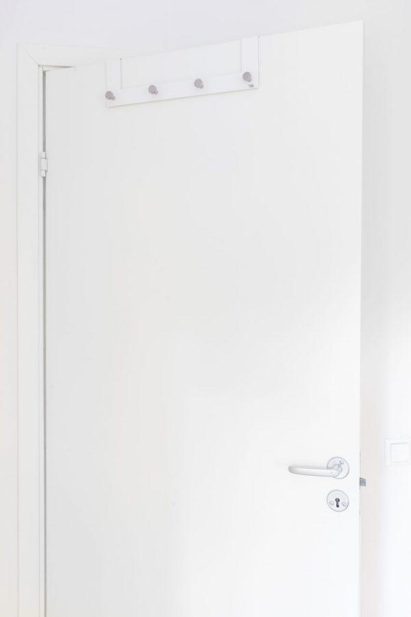 Förvaring på 4 dörrkrokar